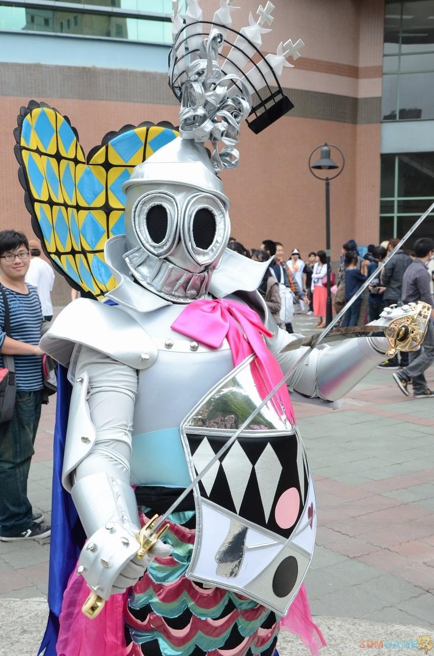 日本创口贴cosplayer来支援