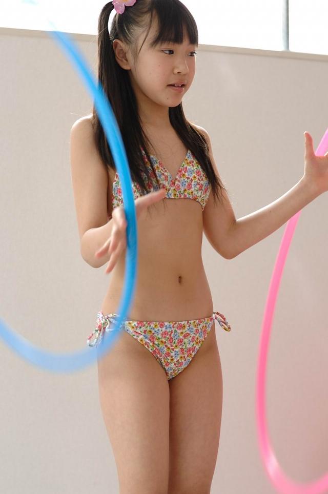 难以置信 日本小萝莉之成熟写真欣赏图片
