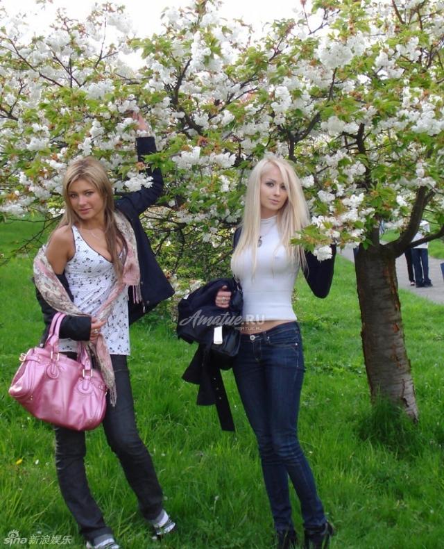 乳爆腰细臀还翘!乌克兰美女芭比娃娃真人超火金克斯身材图片