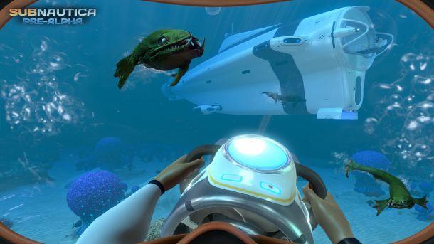 有人说《美丽水世界(Subnautica)》是一款混合了RPG和探索的游戏,更直观一些的说法,这是海底版《我的世界》。 游戏看起来是不至于能像《我的世界》一样完全自由地打造环境,而是让玩家使用非暴力的形式探索一个水底世界,允许玩家设计建造,组建一艘潜艇。与《我的世界》极其单纯的展示不同,《美丽水世界》的乐趣在于其美丽的珊瑚礁,奇怪的海洋生物,以及其他大自然的造物。从最初的屏摄来看,这个未知的世界开了一个好头。 目前为止我们得到的只是一个初期模型,远不能代表最终产品,不过游戏看起来已经很不错了。 截图欣赏: