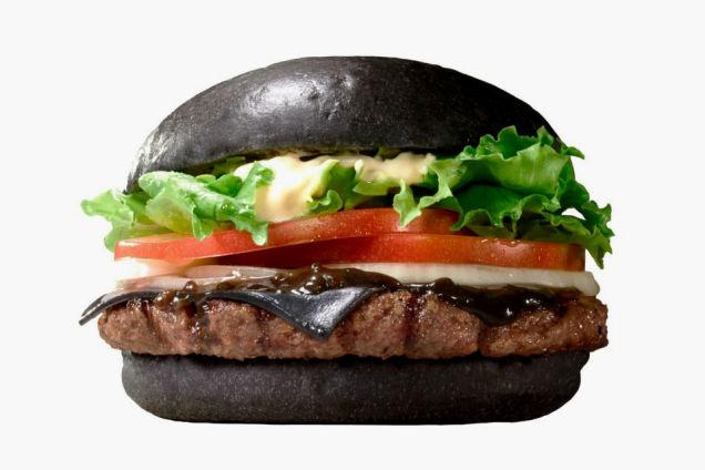 骚年骨骼惊奇 跟我学做菜吧!黑汉堡是怎样做成的图片