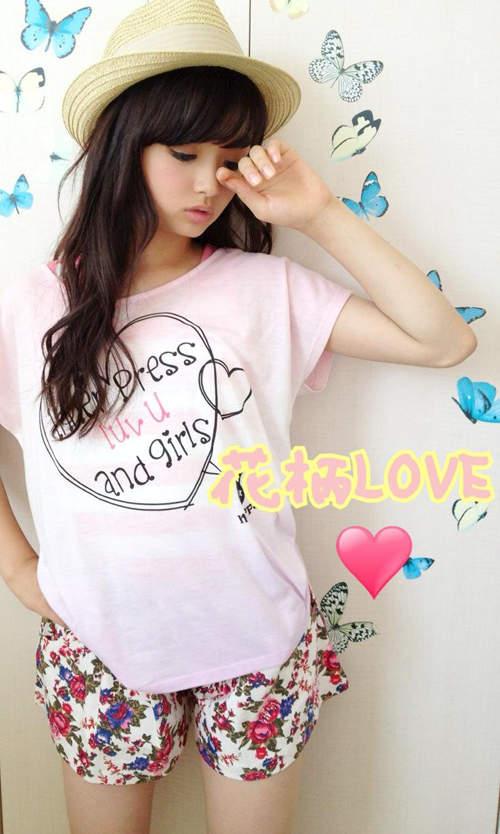 日本小学女生_日本13岁名模走红!小学女生里神一般的时尚教主_www.3dmgame.com