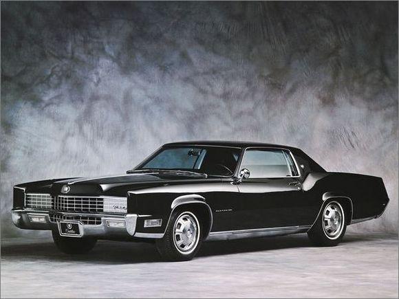 凯迪拉克轿车一向被公认为是充分演绎美国精神和领袖风格的豪华轿车